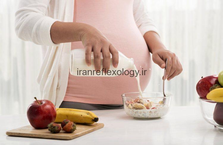 ماه دوم بارداری را با چه غذا هایی بگذرانیم